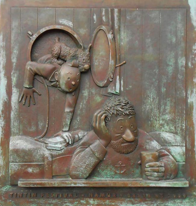 bronze bas-relief when Tintin meets Haddock