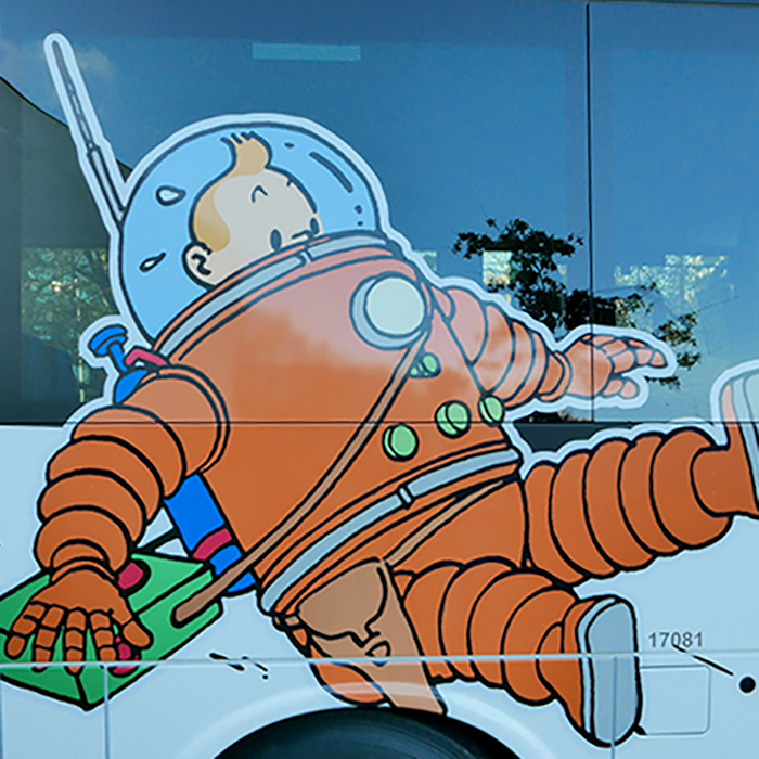 Keolis buses with the effigy of Tintin and his friends