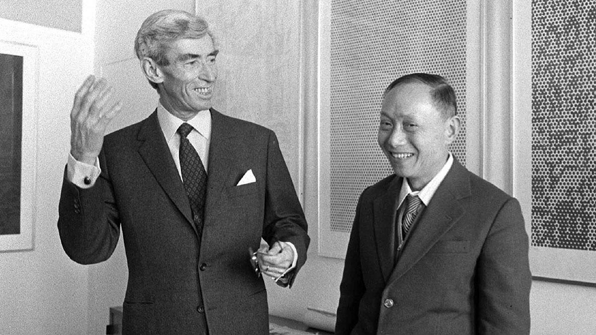 Hergé and Zhang Chongren