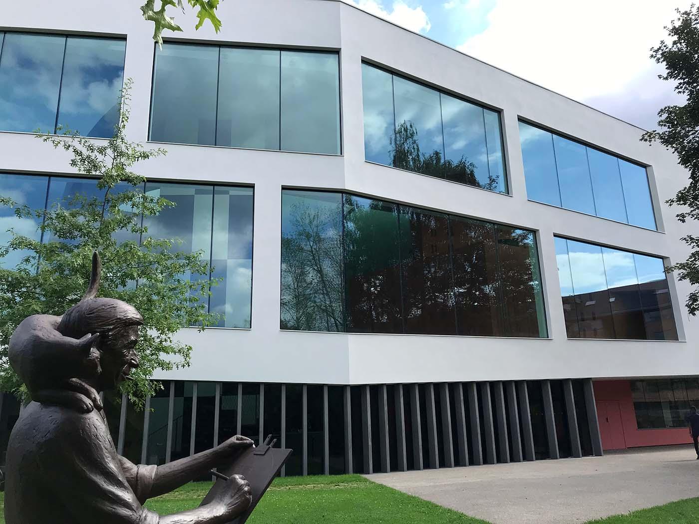 Hergé Museum statue