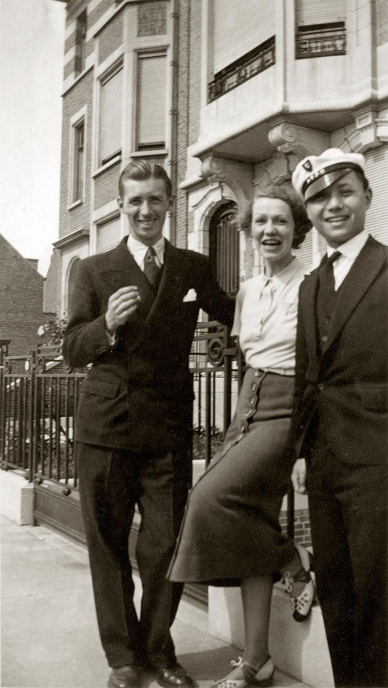 Hergé, Germaine and Tchang in 1934