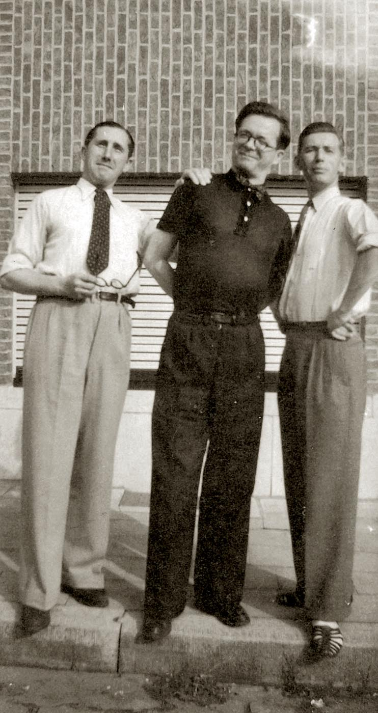 Jacob, Van Melkebeke and Hergé in 1945